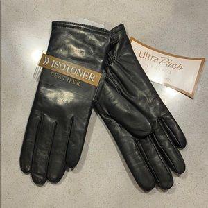 Women's black leather Isotoner gloves